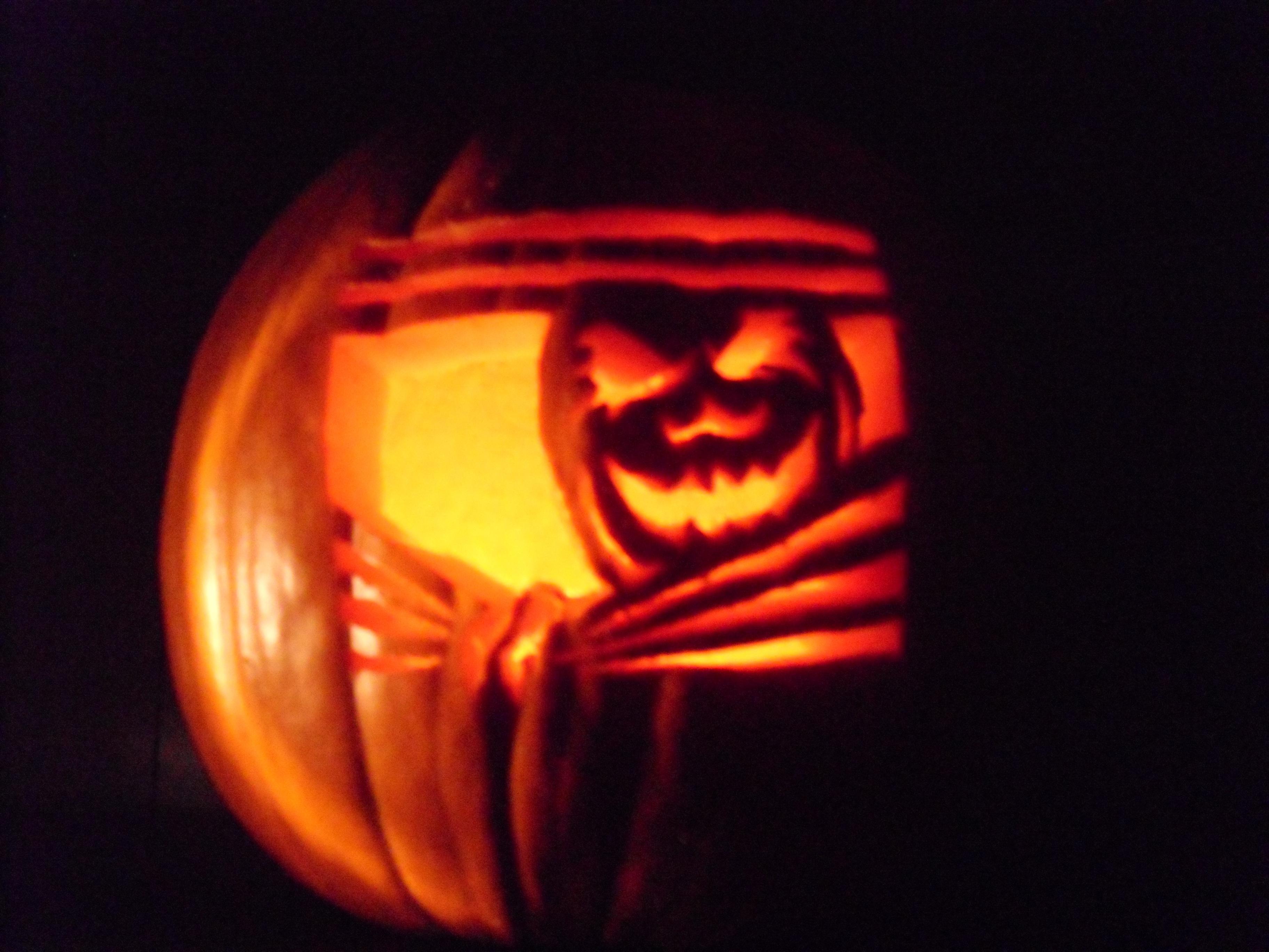 Happy Halloween Chipmunkins Go Jules Go
