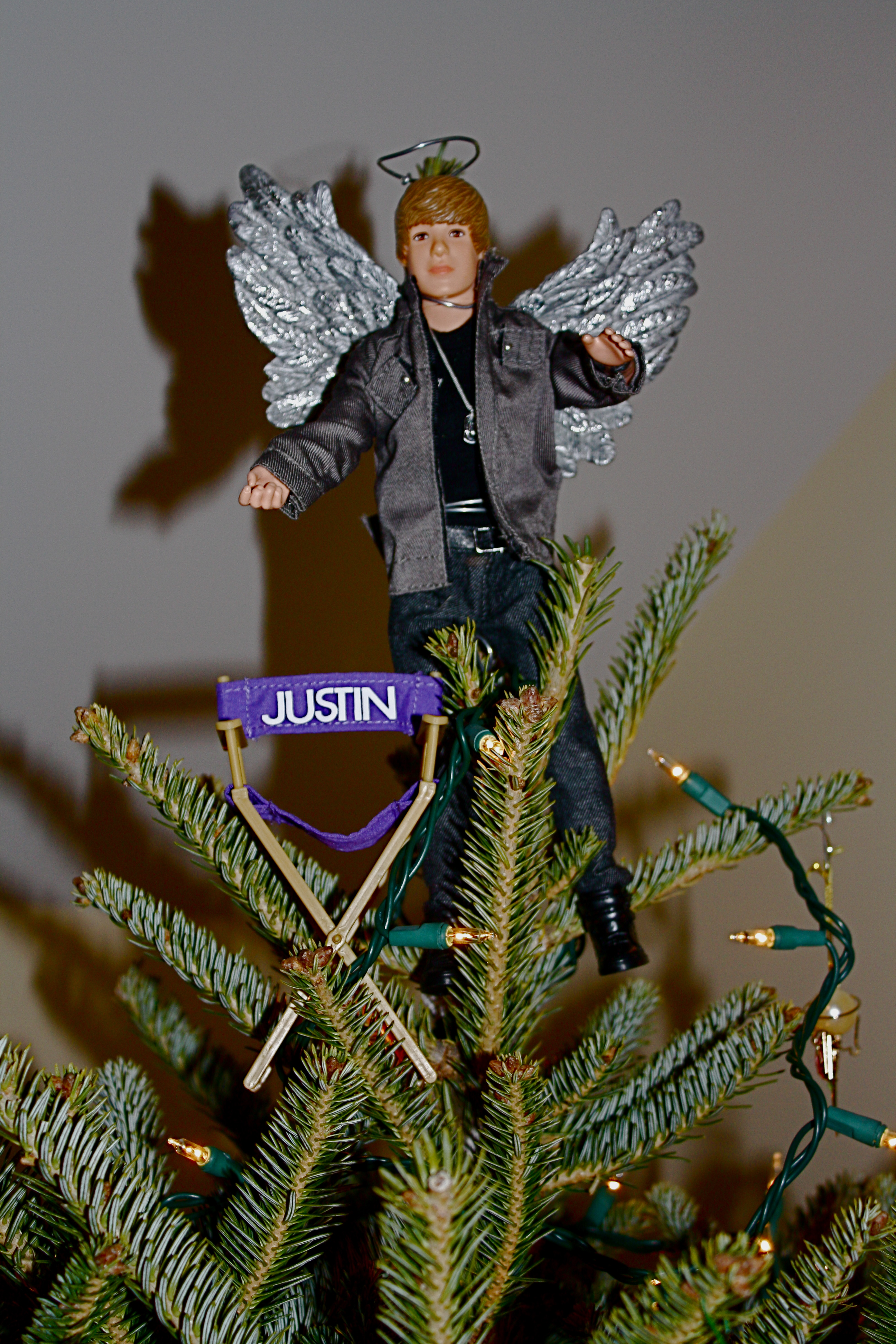 Funny Christmas Tree Toppers.A Super Star Tree Go Jules Go