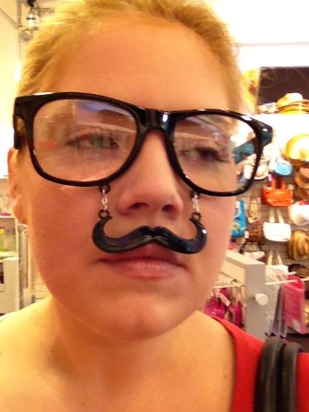 Jules-mustache