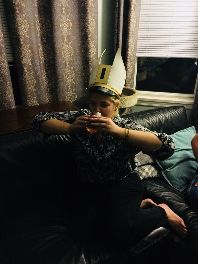 Jules-shaker-hat-with-wine