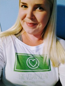 Jules-The-Vegan-Dollar-logo-shirt